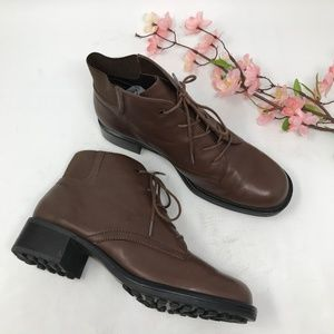 Vintage 80s 90s Brown Leather Granny Boots 7.5